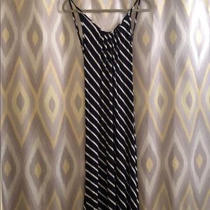 Dresses & Skirts - MAXI DRESS / backless striped dress